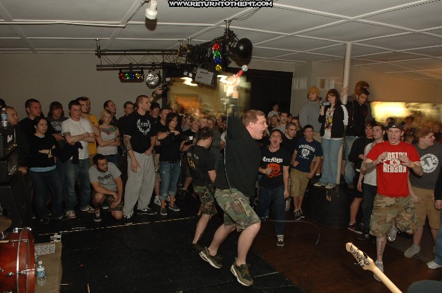 [blacklisted on Apr 21, 2006 at Tiger's Den (Brockton, Ma)]