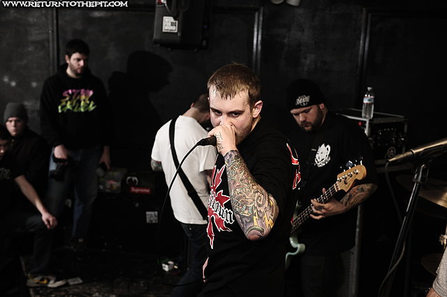 [born low on Jan 21, 2012 at Anchors Up (Haverhill, MA)]
