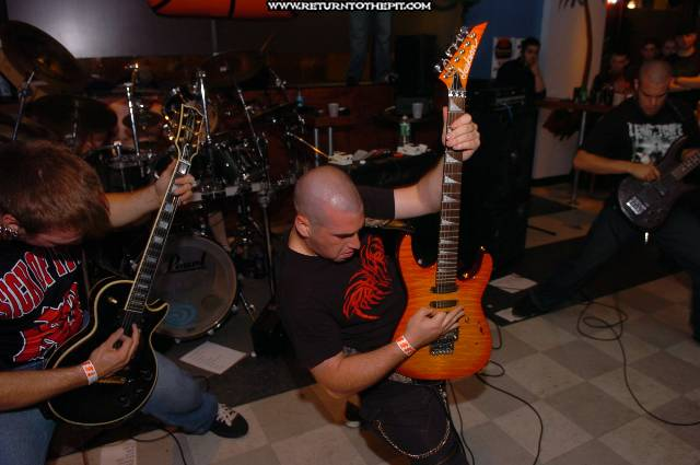 [burn in silence on Jun 29, 2005 at Club Octaine (Worcester, Ma)]