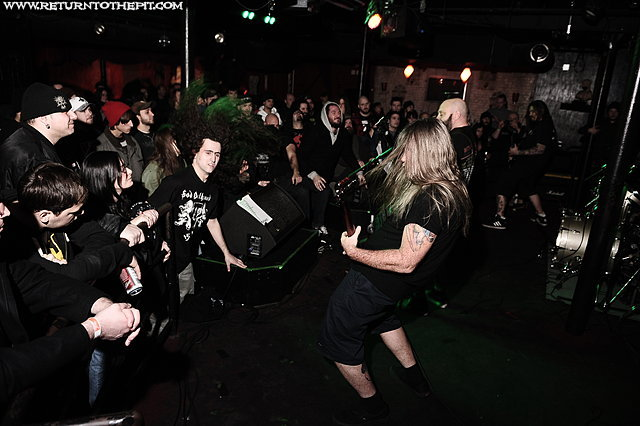 [crowbar on Dec 7, 2010 at Club Hell (Providence, RI)]