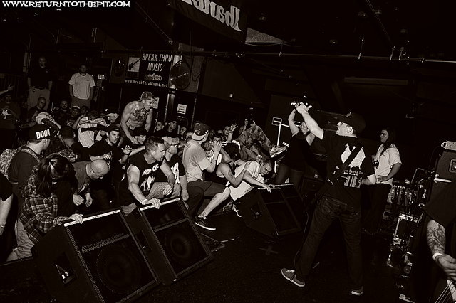 [cruel hand on Apr 21, 2012 at the Palladium - Secondstage (Worcester, MA)]