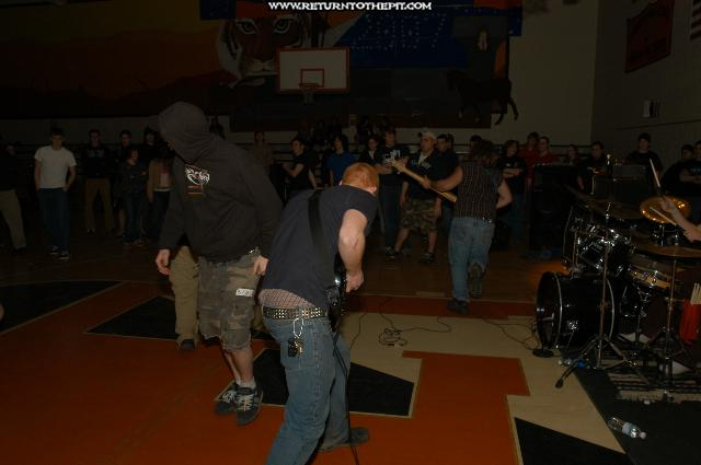 [deadwater drowning on Mar 6, 2004 at Highschool (Farmington, NH)]
