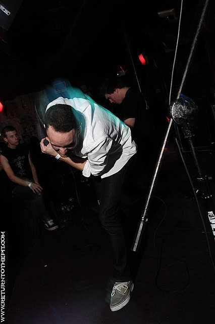 [debaser on May 10, 2009 at Club Hell (Providence, RI)]
