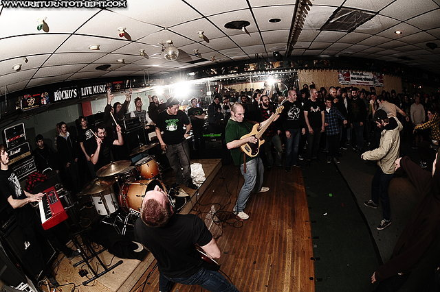 [hivesmasher on Dec 26, 2009 at Rocko's (Manchester, NH)]