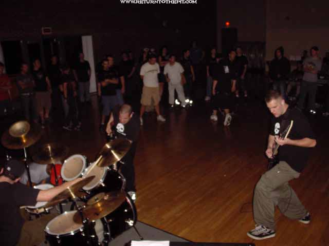 [in dire need on Sep 21, 2002 at Return to the Pit 6 year concert - Stratford Rm (Durham, NH)]