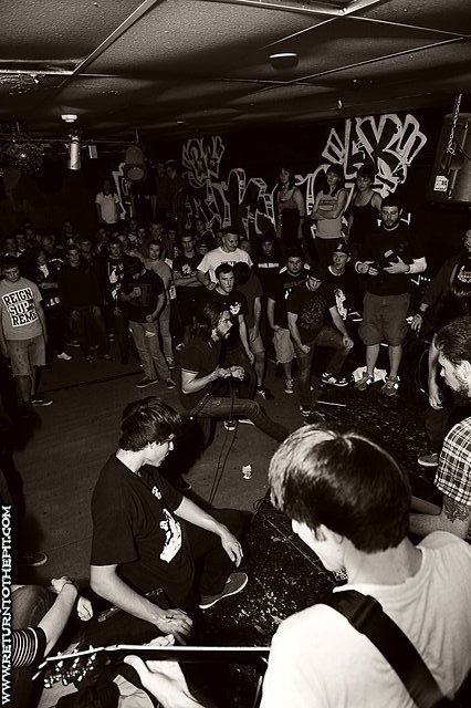 [maintain on Oct 16, 2009 at Anchors Up (Haverhill, MA)]