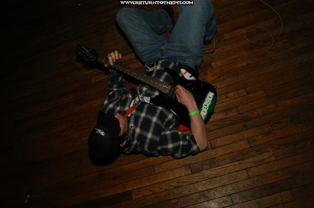 [spearing jocasta on Mar 21, 2004 at Sick-as-Sin fest second stage (Lowell, Ma)]