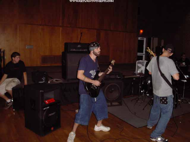 [the automata on Sep 21, 2002 at Return to the Pit 6 year concert - Stratford Rm (Durham, NH)]