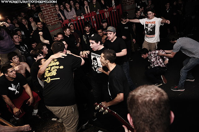 [the bonus army on Jan 27, 2012 at Anchors Up (Haverhill, MA)]
