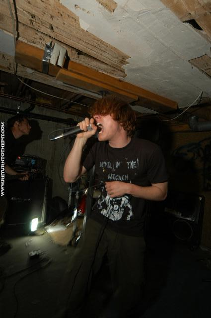 [the taste of silver on May 14, 2004 at the Dirty Basement (Dover, NH)]