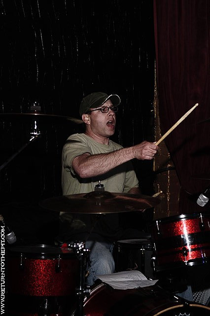 [the welch boys on May 8, 2009 at Club Hell (Providence, RI)]