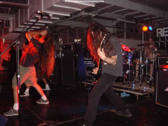 [withered earth on Jul 27, 2002 at Milwaukee Metalfest Day 2 relapse (Milwaukee, WI)]